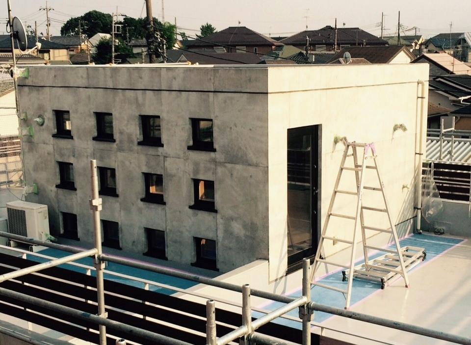 外壁コンクリート打ち放し面 補修・塗装前