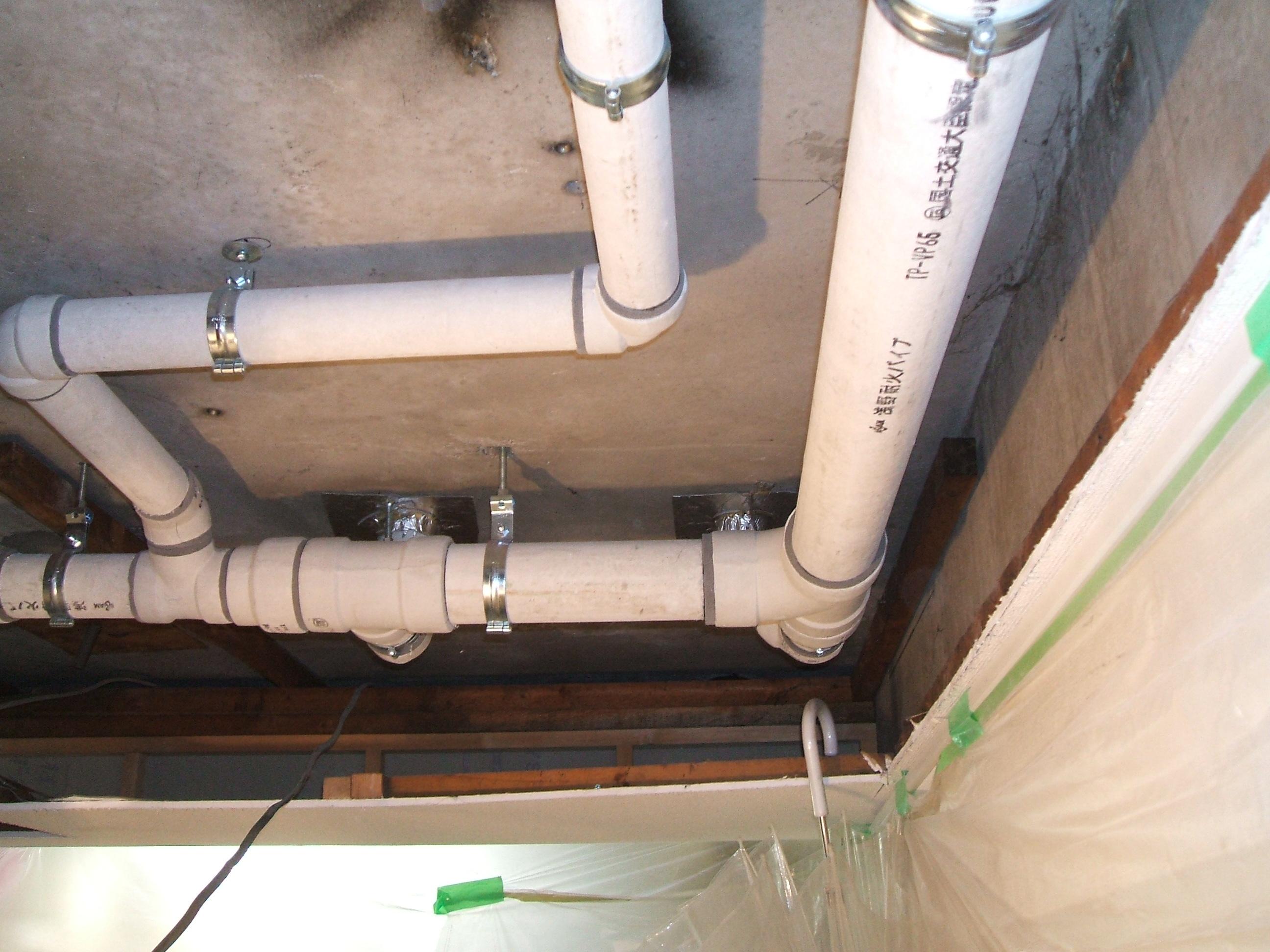 各住戸排水管更新(天井配管)